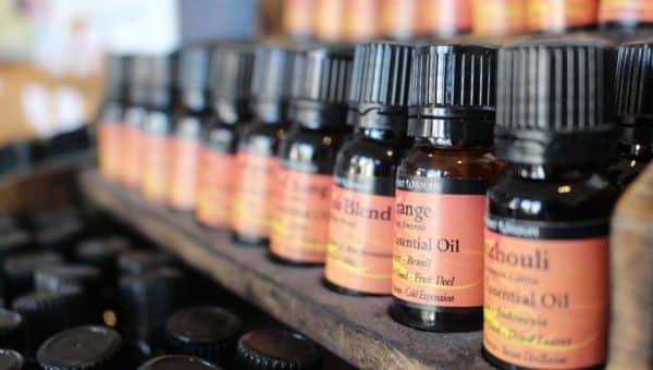 5 oli essenziali da avere in casa