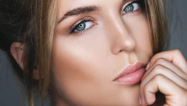 La cura del viso: prepariamoci al sole